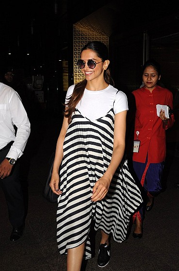 Deepika Padukone Looked Gorgeous As She Was Spotted At The Mumbai International Airport