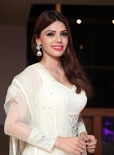 Sherlyn Chopra Looks Super Hot In White Dress At DJ Inayah Sharon Aamir's Daughter Sanayah's 1st Birthday Iftar Party At Movida, Hyderabad